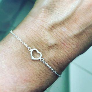 Sterling silver heart bracelet-0