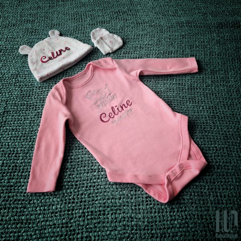 Personalized Baby Gift Set - Set of 3; Custom Embroidered Baby Bodysuit/Babygrow with matching Baby Hat and cute Mittens.-0