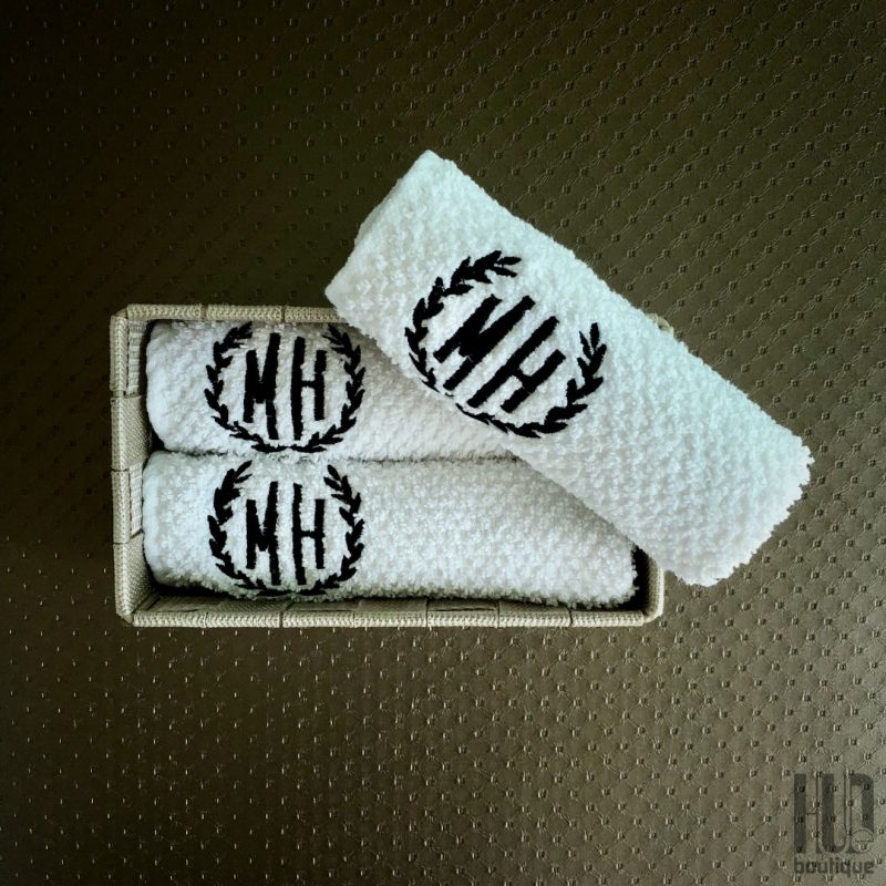 You Name it - Monogrammed Hand Towels, Custom Embroidered Gifts (Set of 3)-2062