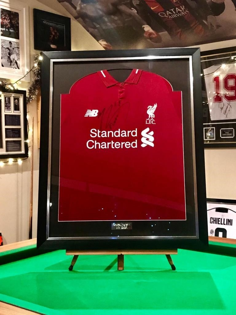 Signed Mohamed Salah Shirt - Liverpool .-0