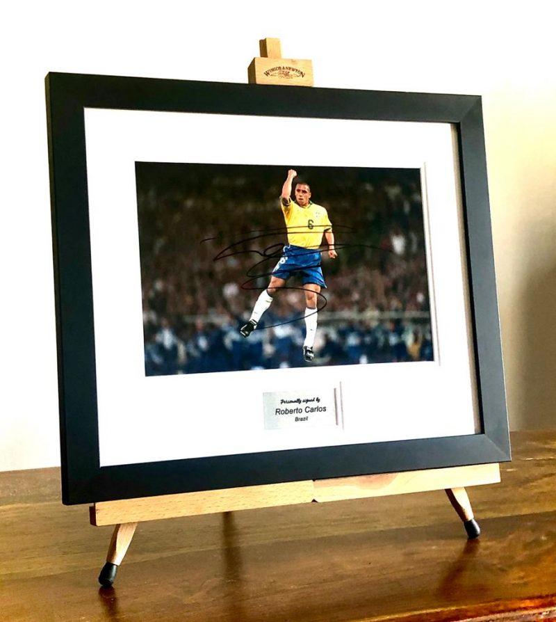 Brazil - Roberto Carlos Signed Picture-0