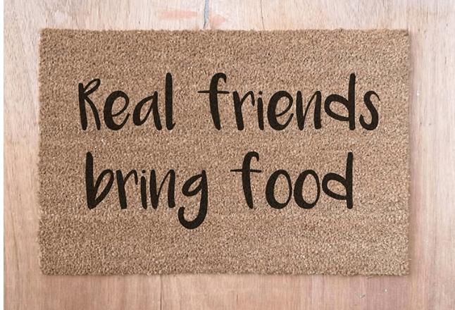 Doormat - Real Friends Bring Food-0